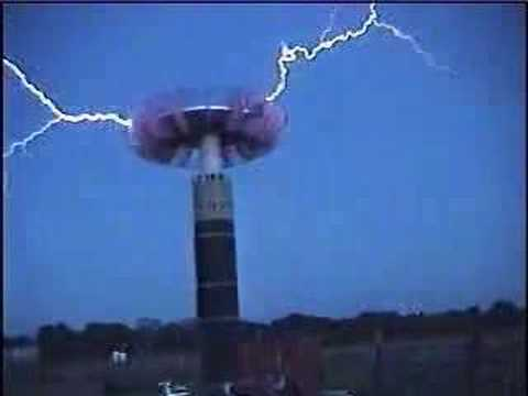Biggest Tesla Coil In Oklahoma Emits Massive Amounts Of Electricity Video Shocking Science